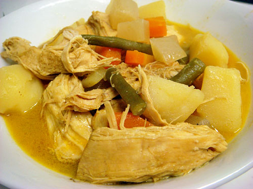 Yellow Chicken Curry with Cubic Vegetables