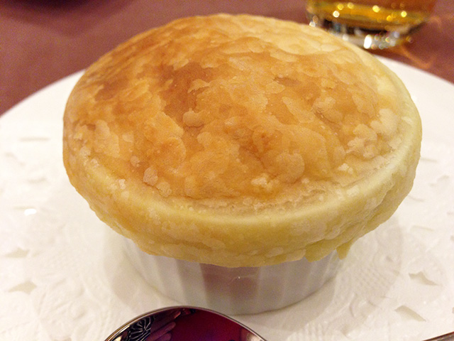 Snow Crab Soup Wrapped with Baked Pie