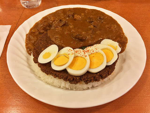 Paku-Mori Daikichi with Hard-Boiled Egg
