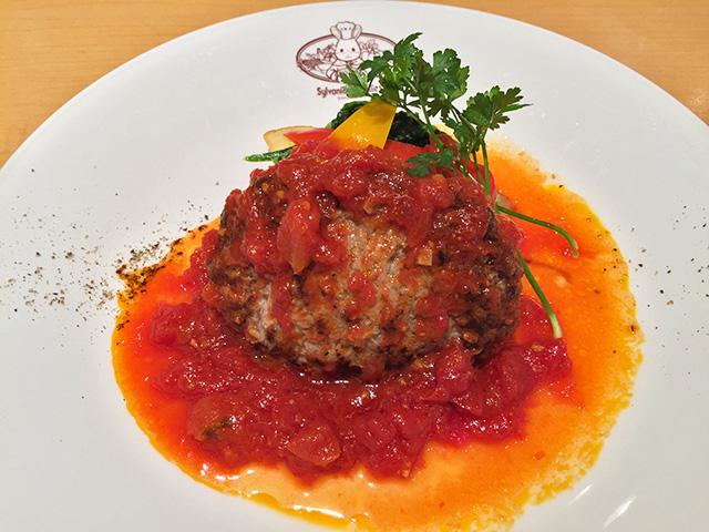 Hamburg with Ripe Tomato Sauce