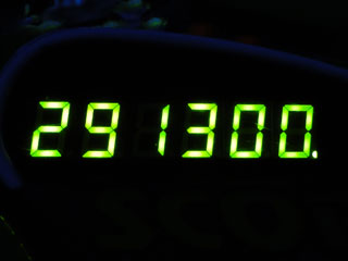 291300