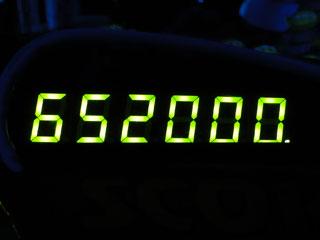 652000