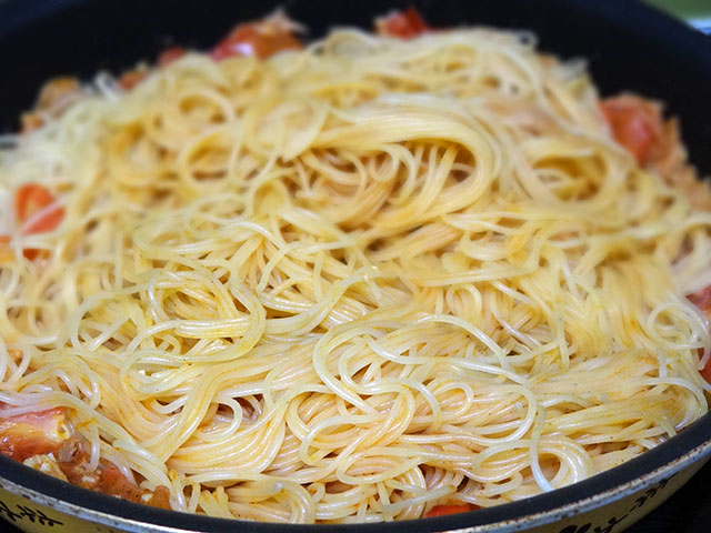 Capellini with Tuna and Tomato
