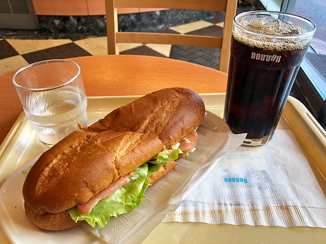 Milano Sandwich of Smoked Salmon and Shrimps with Iced Coffee