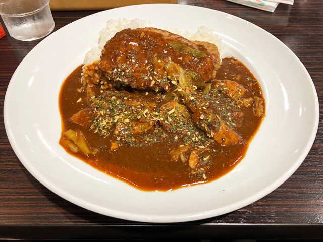Spicy curry with THE pork
