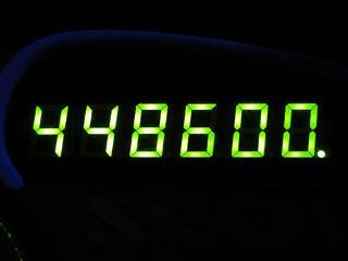 448600