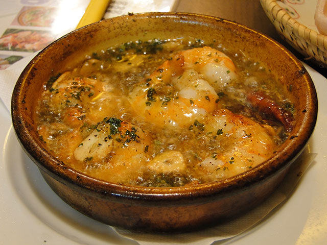 Simmering of Olive Oil Prawn