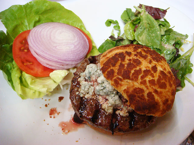 Hamburger with Blue Cheese