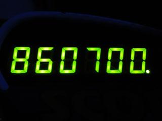 860700