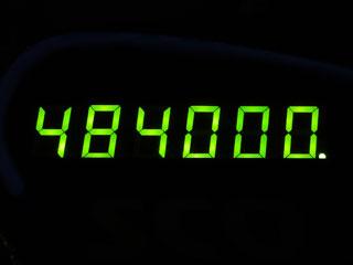 484000