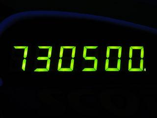730500