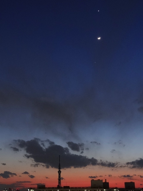 TOKYO SKY TREE with Venus, Moon, and Jupiter