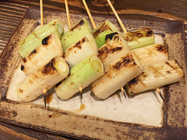 Grilled Skewered White Scallion