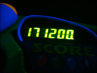 171200