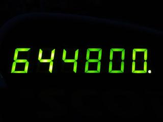 644800