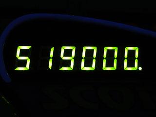 519000