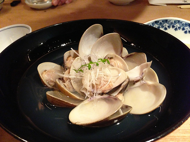 Steamed Clams with Sake