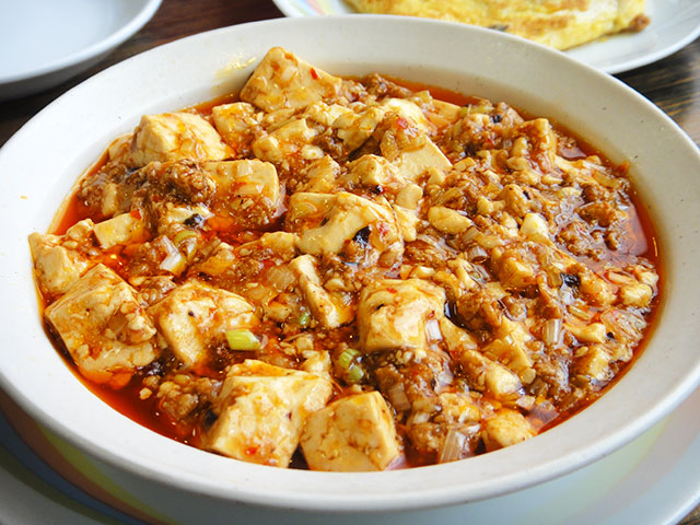 Tofu in Spicy Meat Sauce