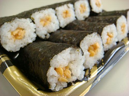 Natto Sushi Roll