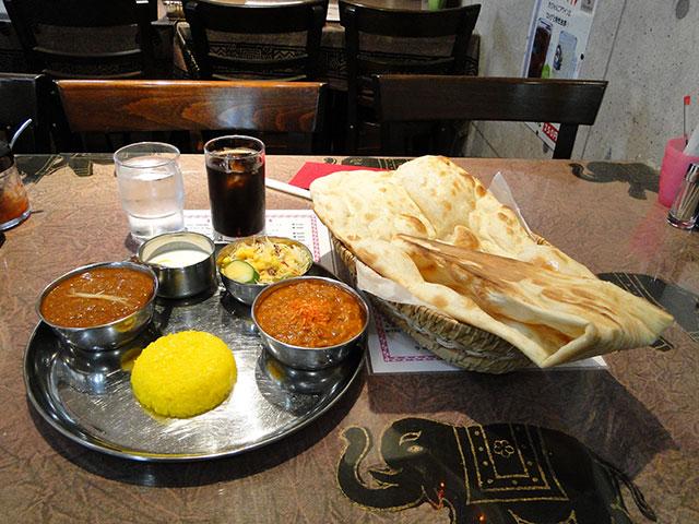 C Lunch at GAJALU