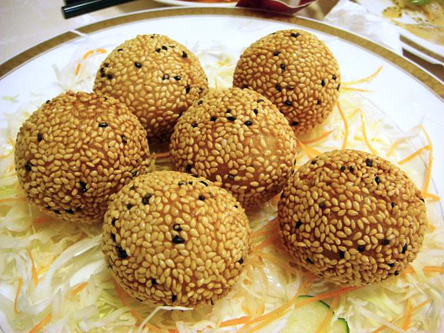Sesame Seed Sweet Dumplings