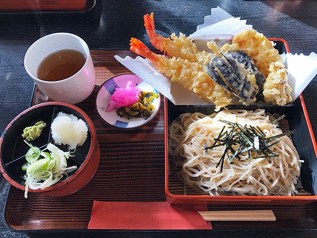 Soba with Assorted Tempura