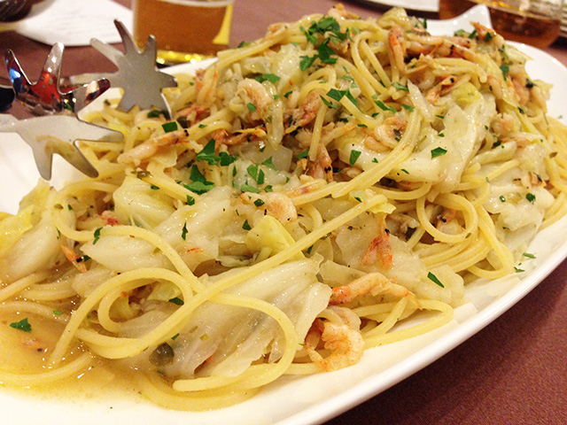 Small Shrimp and Cabbage Spaghetti with Anchovy Paste