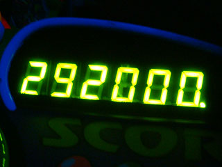 292000