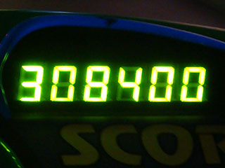 308400