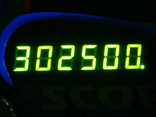 302500