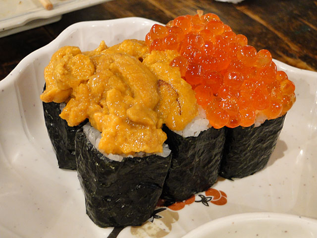 Hearty Sea Urchin & Salmon Roe Sushi
