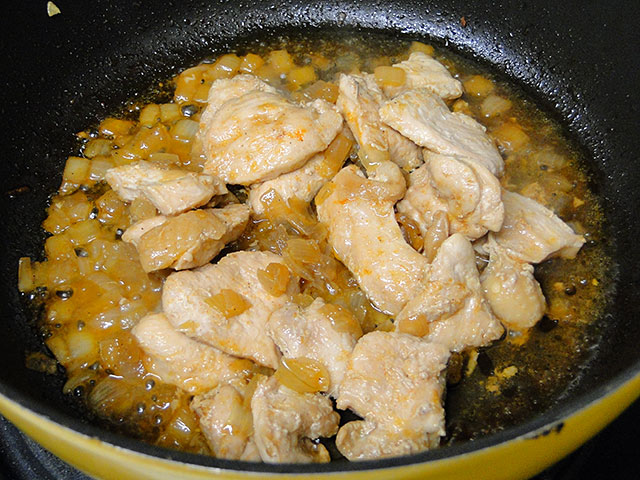 Grilled Chicken with Onion
