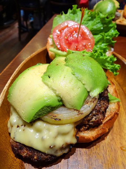 Avocado Cheese Burger
