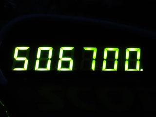 506700