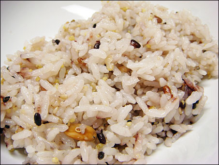 Steamed Rice with 16 Grains