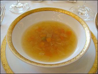 野菜たっぷりのブイヨンスープ