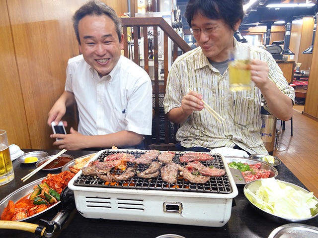 Prof. Uto and Dr. Ohkubo