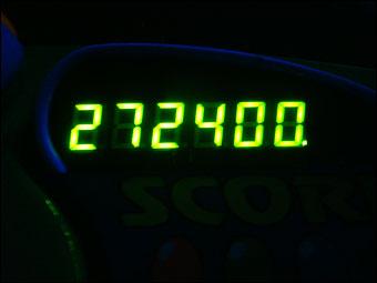 272400
