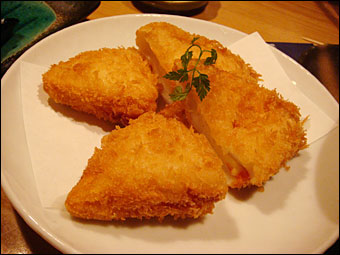 Fried Hanppen with Tuna and Cheese
