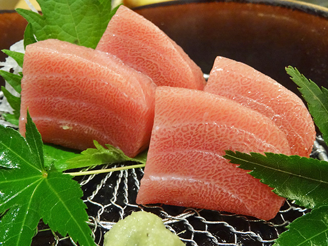 Medium-Fatty Tuna Sashimi