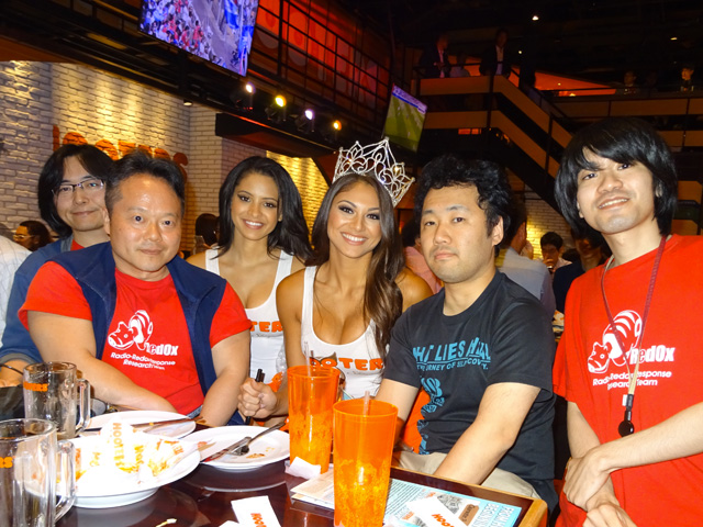With Miss HOOTERS International