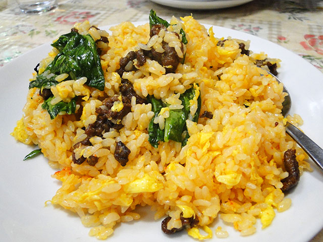 Fried Rice with Beef and Garlic