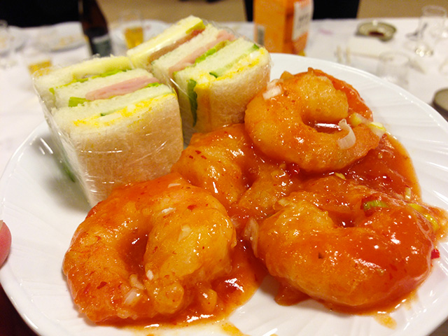 Sandwiches and Stir-Fried Prawns with Chili Sauce
