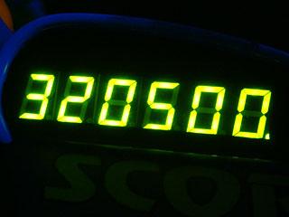 320500