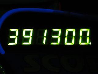 391300