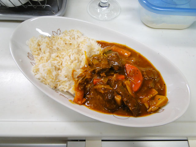 Cubic Beef Curry with Sprouted Brown Rice