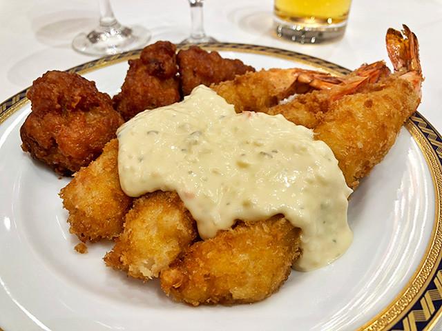 Deep-Fried Prawns and Chicken