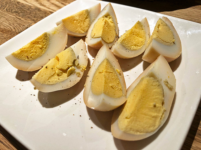 Smoked Hard-Boiled Eggs