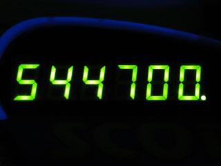 544700