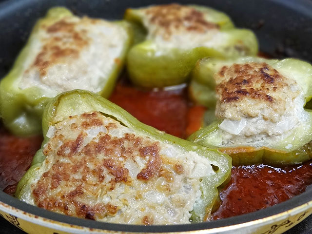 Sauted Green Peppers Stuffed with Hamberger Meat